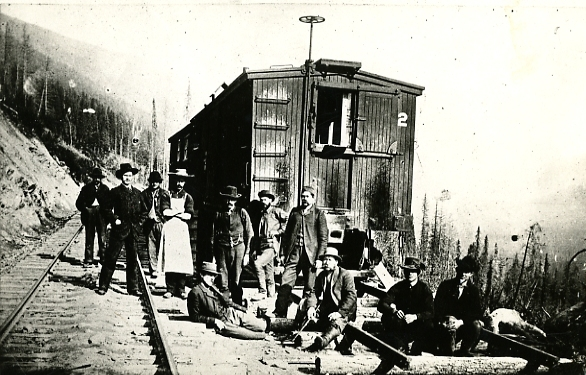 Steele Collection Men with Caboose