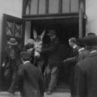 Initiation, 1913