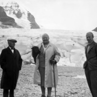 Miriam Green Ellis, Henry House and Henry Glyde at the Columbia Icefield