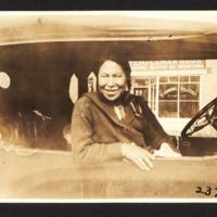 Laura in Car